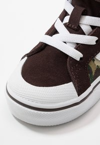 Vans - SK8 REISSUE 138  - Zapatillas altas - brown/true white - 2
