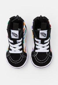 Vans - COMFYCUSH SK8 ZIP - Sneakers high - rainbow/true white - 3
