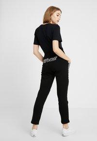 Vans - BMX PANT - Pantalon de survêtement - black - 2