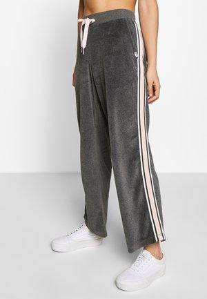 SANDY PANT - Pantaloni sportivi - asphalt