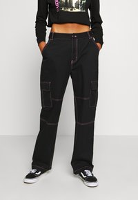 Vans - THREAD IT PANT - Pantalon classique - black - 0