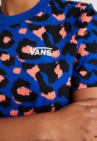 Vans - LEOPARD TEE DRESS - Jerseykjole - surf the web - 5