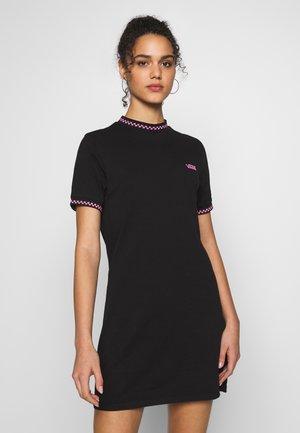 ALL STAKES DRESS - Žerzejové šaty - black