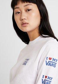 Vans - LOVE - Maglietta a manica lunga - white - 3
