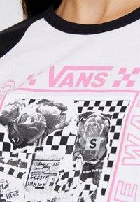 Vans - LADY VANS STING RAGLAN - Camiseta de manga larga - white/black - 5