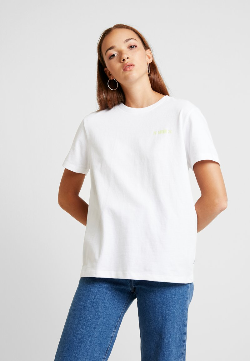 Vans - LADY STING DIY - Print T-shirt - white