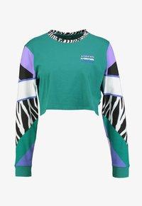 Vans - ZEBRA BOYFRIEND CROP - Maglietta a manica lunga - tidepool - 4
