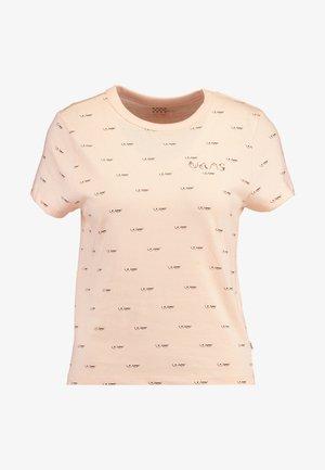 BCA BABY TEE - Camiseta estampada - nude check