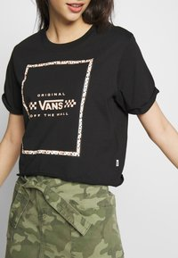 Vans - LEILA TEE - T-shirt con stampa - black - 5