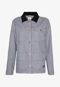 Vans - BARRECKS DRILL CHORE COAT - Giacca di jeans - blue - 4