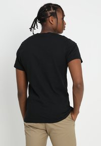 Vans - OTW - T-shirt print - black/white - 2