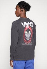 Vans - VINTAGE DARK TIMES  - Long sleeved top - black - 0