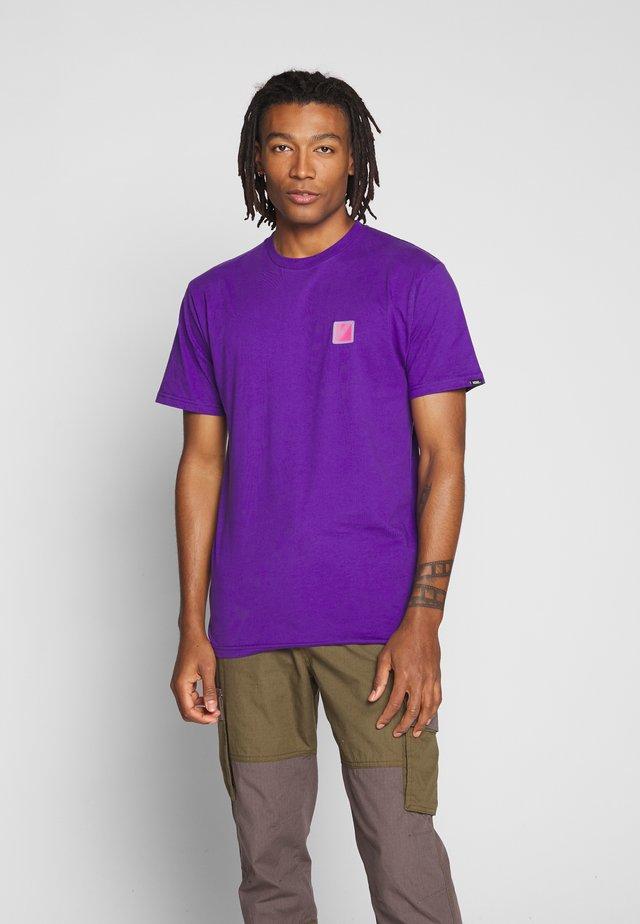 RETRO SPORT  - T-Shirt print - heliotrope