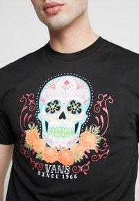 Vans - DIA SUGAR SKULL - T-shirt con stampa - black - 4