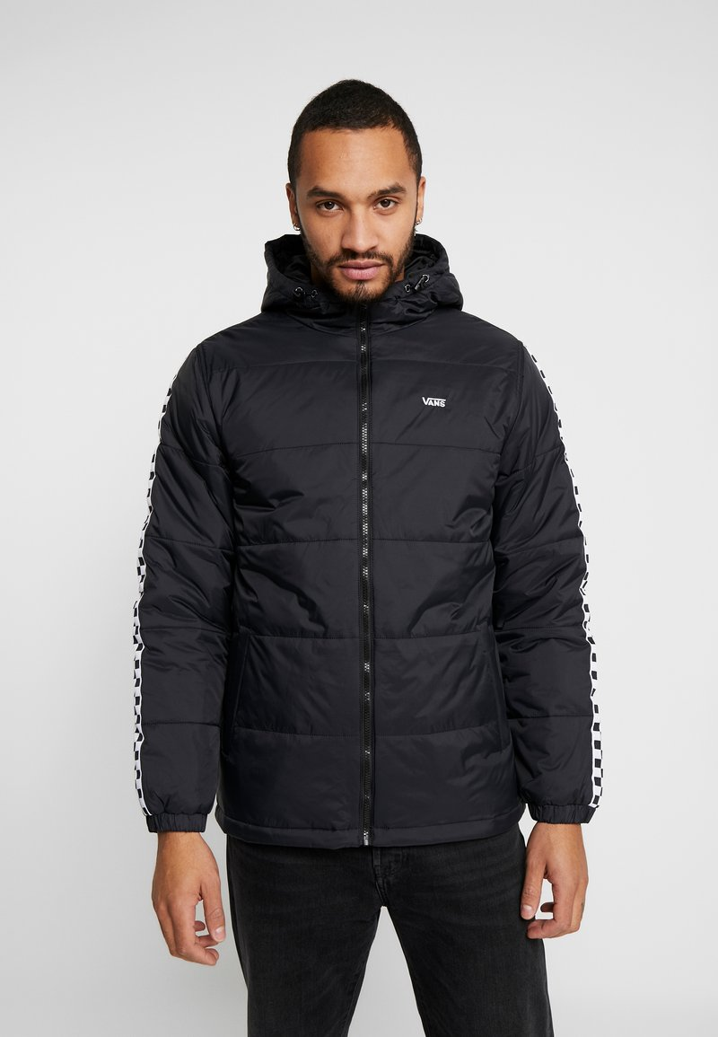 Vans - WOODRIDGE - Lehká bunda - black