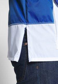 Vans - ANORAK - Summer jacket - sodalite blue/white - 5