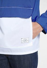 Vans - ANORAK - Summer jacket - sodalite blue/white - 3