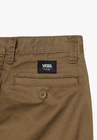 Vans - Pantalones chinos - dirt - 4