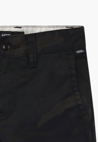 Vans - AUTHENTIC STRETCH BOYS - Shorts - black - 3