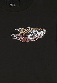 Vans - BURNOUT BOYS - T-shirt con stampa - black - 3