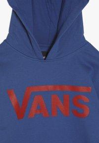 Vans - CLASSIC BOYS - Hoodie - true blue/racing red - 4