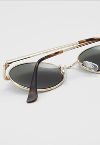 Vans - SUNGLASSES - Sonnenbrille - gold/green - 2