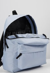 Vans - REALM BACKPACK - Rucksack - zen blue - 4