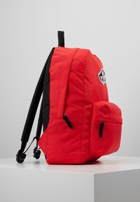 Vans - REALM BACKPACK - Reppu - poppy red - 3