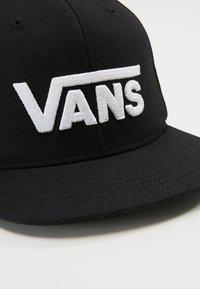 Vans - Kšiltovka - black/white - 4