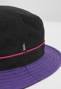 Vans - UNDERTONE BUCKET - Hat - black/heliotrope - 2