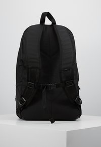 Vans - SNAG PLUS  - Mochila - black - 2