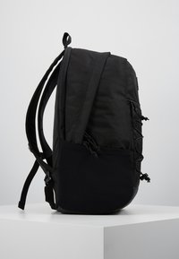 Vans - SNAG PLUS  - Mochila - black - 3