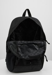 Vans - SNAG PLUS  - Mochila - black - 4