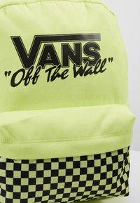 Vans - OLD SKOOL BACKPACK - Plecak - sharp green - 7
