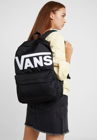 Vans - OLD SKOOL BACKPACK - Rucksack - black/white - 5
