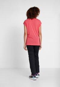 Vaude - TEKOA - Print T-shirt - bright pink - 2