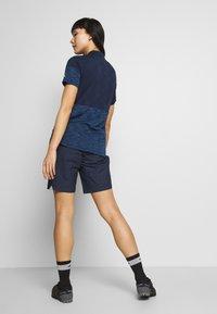 Vaude - CYCLIST SHORTY - Sports shorts - eclipse - 2