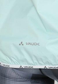 Vaude - WOMENS DROP JACKET III - Regenjacke / wasserabweisende Jacke - glacier - 4