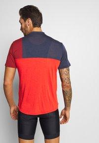 Vaude - ME TREMALZO - Print T-shirt - mars red - 2
