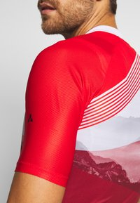 Vaude - ME MAJURA TRICOT  - Print T-shirt - mars red - 4