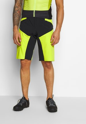 ME VIRT SHORTS - kurze Sporthose - bright green
