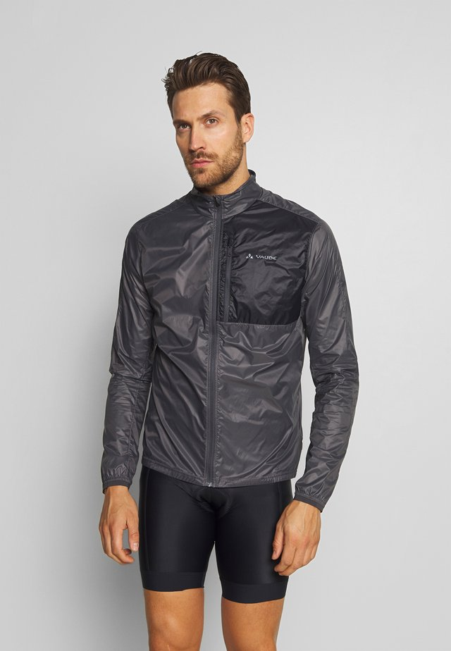 ME MOAB JACKET II - Windbreaker - iron