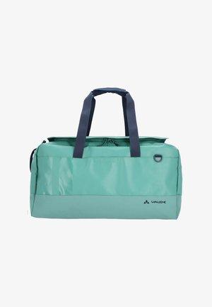 DESNA - Sporttasche - nickel green