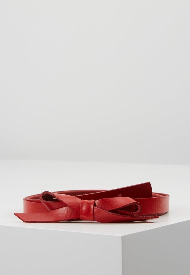Pásek - red