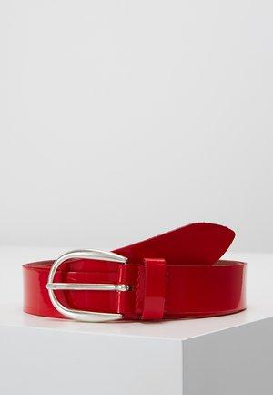 Cinturón - rot