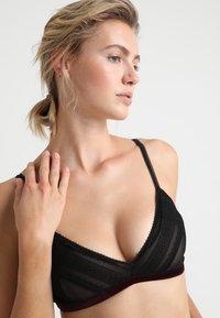Vanity Fair Lingerie - ADA SOFT BRA - Triangle bra - black - 3