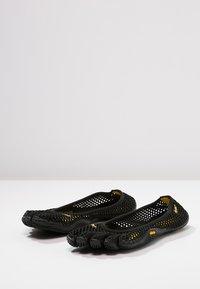 Vibram Fivefingers - Chaussures d'entraînement et de fitness - black - 2