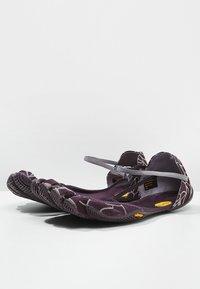 Vibram Fivefingers - VI-S - Minimalistické běžecké boty - nightshade/violet - 2