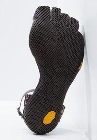 Vibram Fivefingers - VI-S - Minimalistické běžecké boty - nightshade/violet - 4