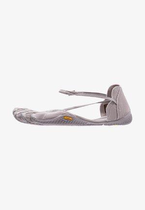 VI-S - Minimalistické běžecké boty - grey